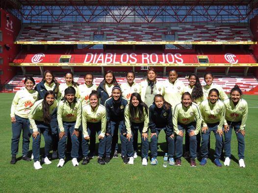 Paola Espino - Bottom Row / Fourth from right